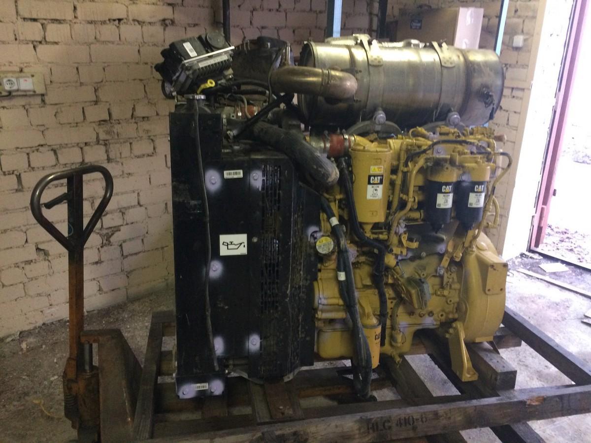 Двигатель Caterpillar C4.4 ACERT с навесным оборудованием